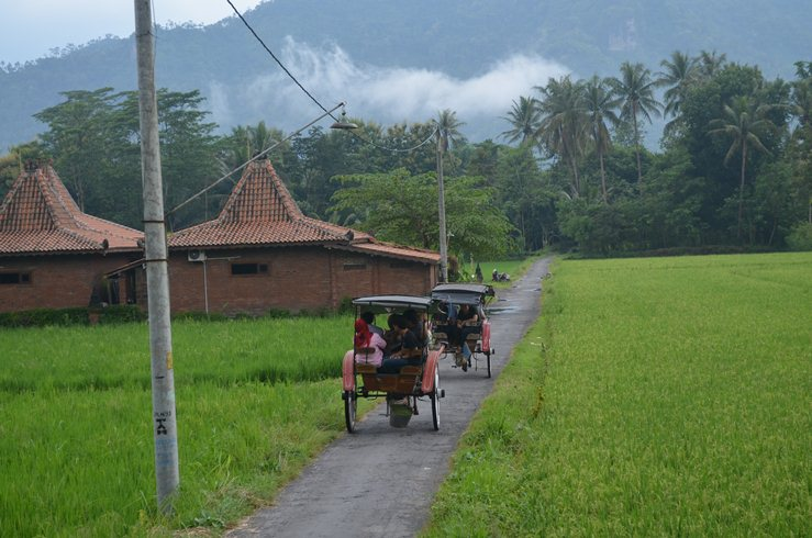 Jalan-jalan Edu Wisata Desa Bahasa